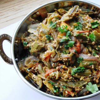 Punjabi Bhindi Masala (Okra sautéed with Onions and Tomatoes)