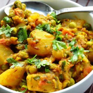 Aloo Matar | Potatoes and Green Peas (vegan, gluten-free, healthy)