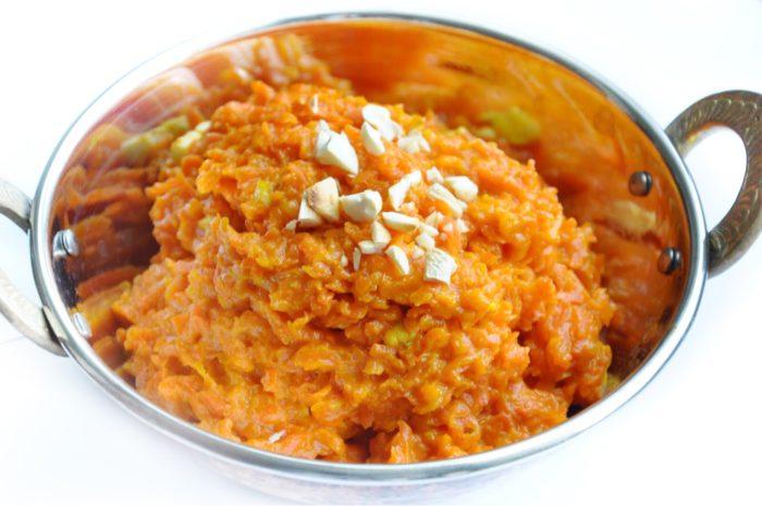 Gajar Ka Halwa (An Indian Carrot Pudding)    Full Fat & 342 Calories!