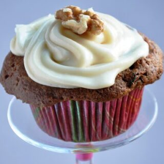 Ina Garten's Carrot & Pineapple Cupcake with Maple Cream Cheese Frosting (REDUCED FAT & 404 Calories)