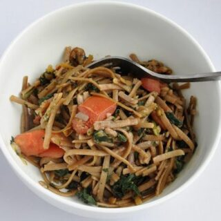 Spinach Linguine with Walnuts – Oh, so good!