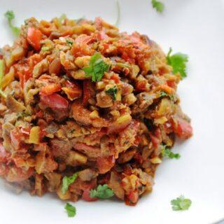 Mushroom Masala aur Lal Mirch Subzi (Mushroom Masala sauté with Red Bell Peppers)