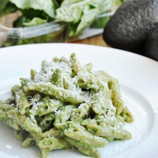Creamy Avocado Pesto Pasta (healthy, high fiber)