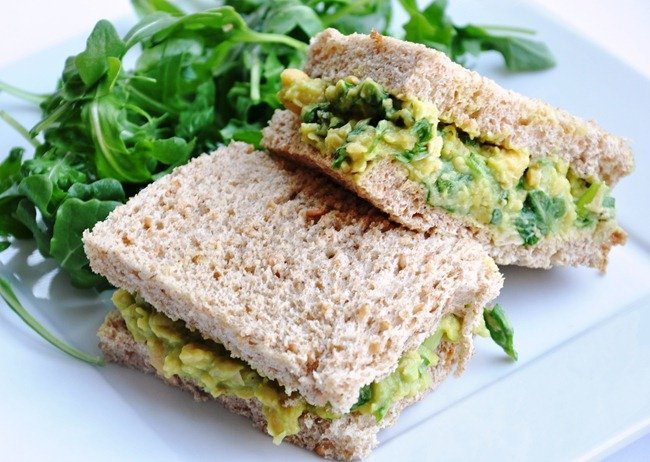 Smashed Chickpea & Avocado Salad Sandwich - Honey, Whats Cooking