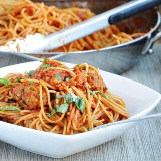 Spaghetti Vegetarian Quinoa Meatballs (healthy, high protein, high fiber)