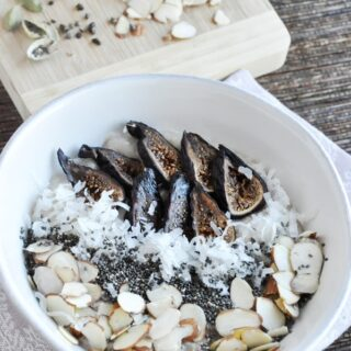 Fig, Almond & Cardamom Oatmeal (healthy, vegan, high fiber)
