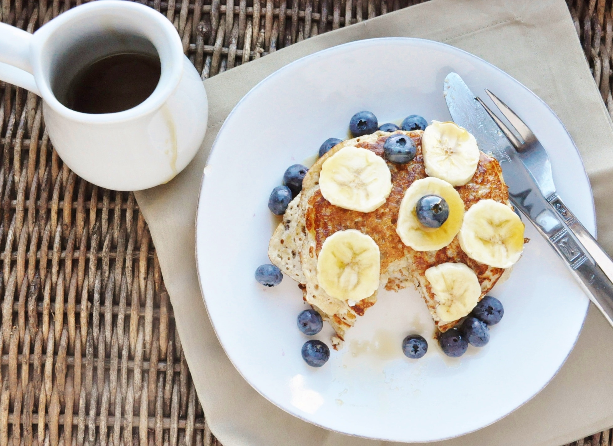 High Protein Banana Bread Pancakes (19)