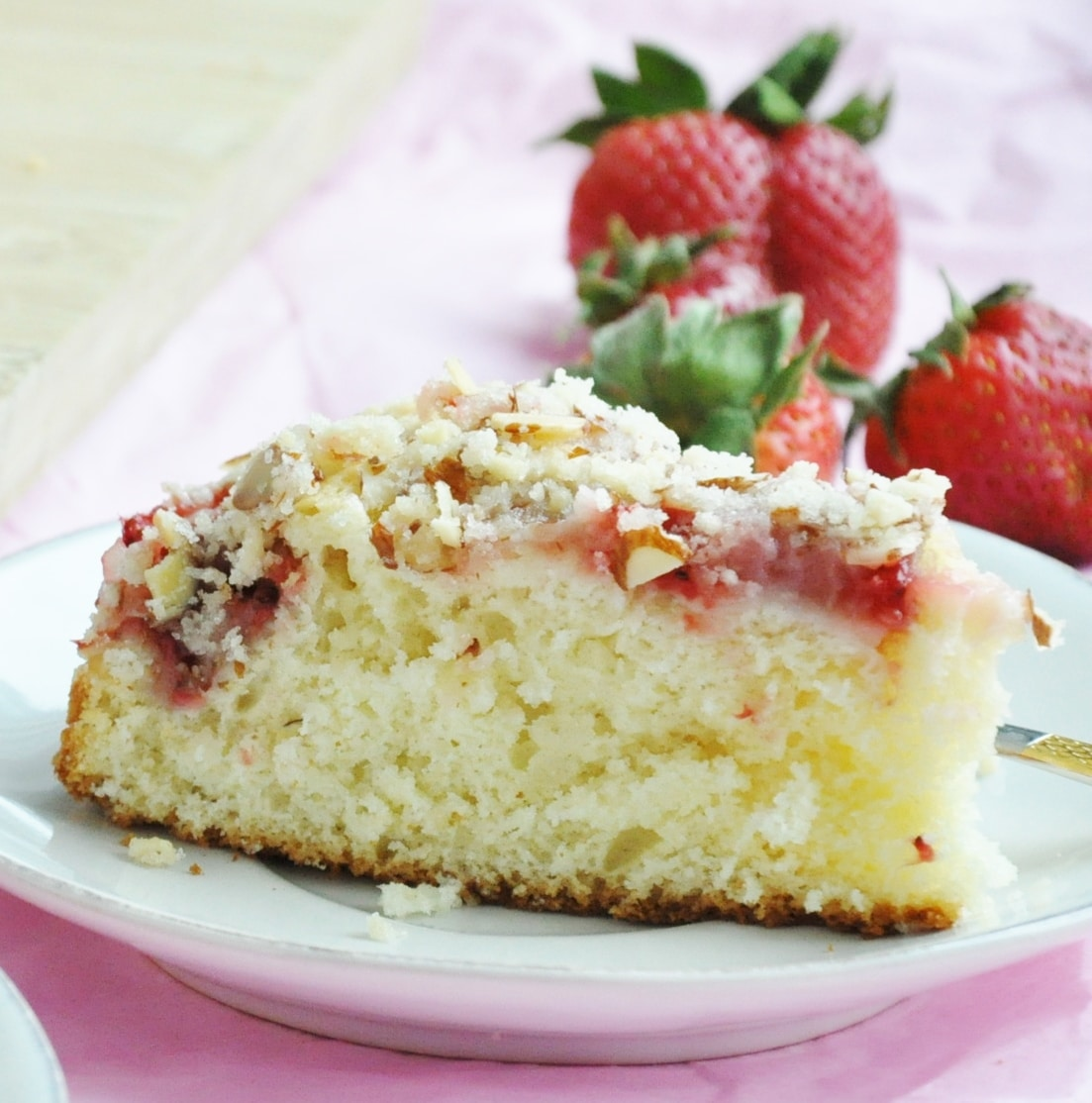 Strawberry Almond Crumb Cake (55)
