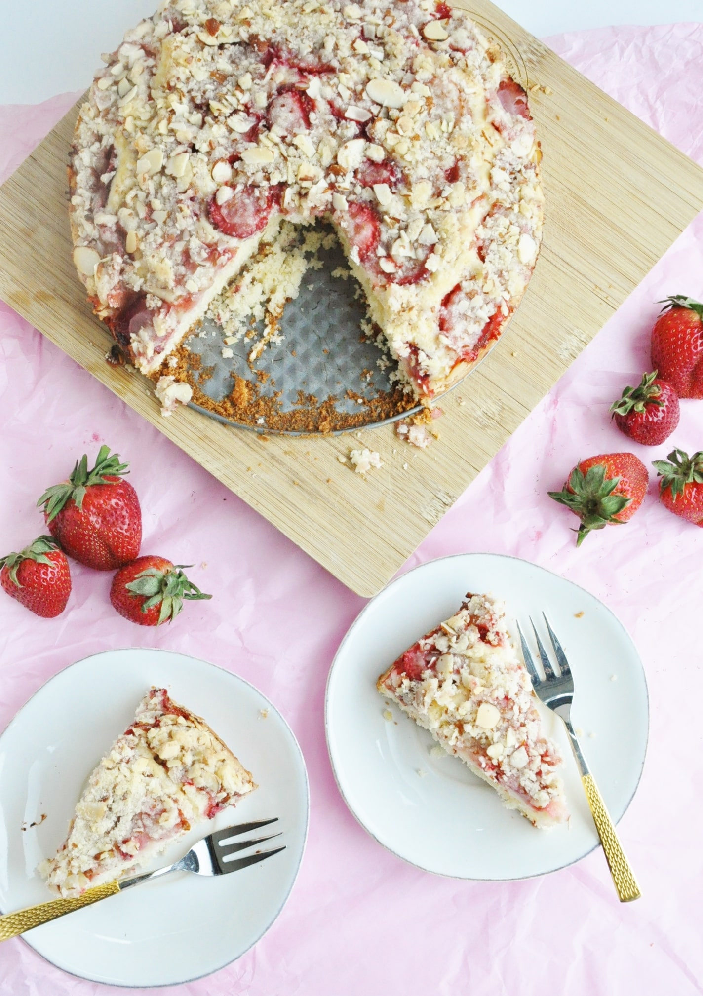Strawberry Almond Crumb Cake
