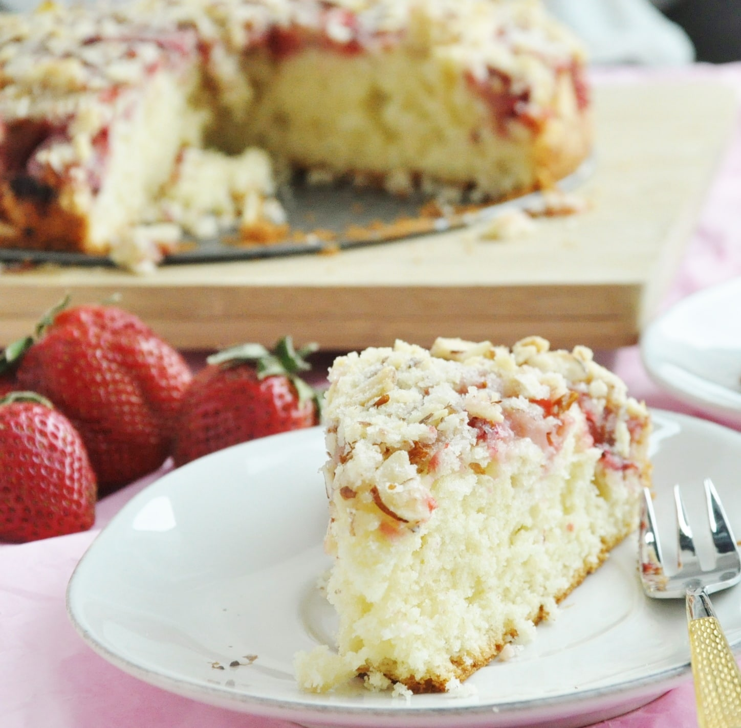 Strawberry Almond Crumb Cake (75)