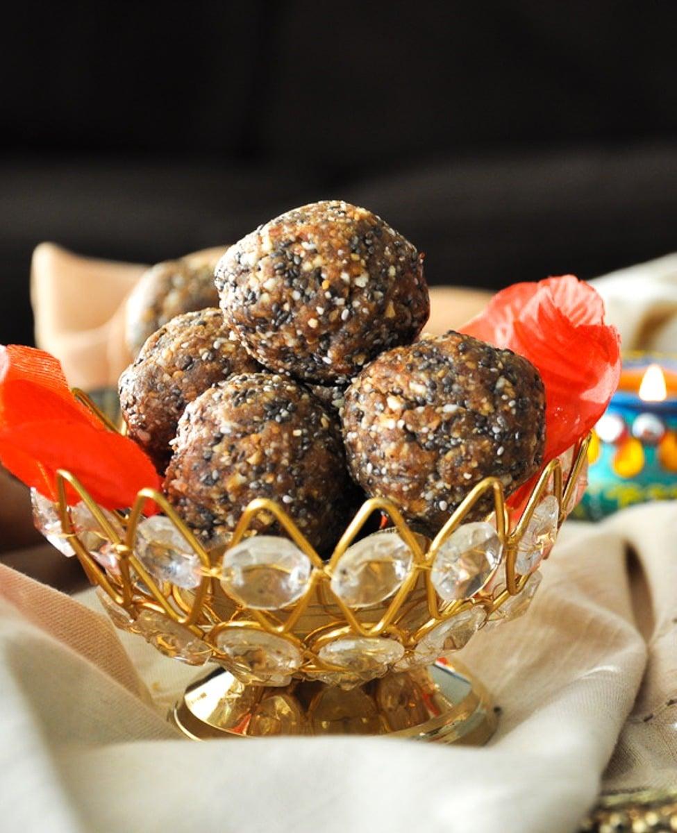 Healthy Almond Date Ladoo - gluten-free, paleo